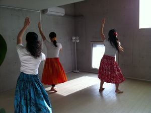 hula6.jpg